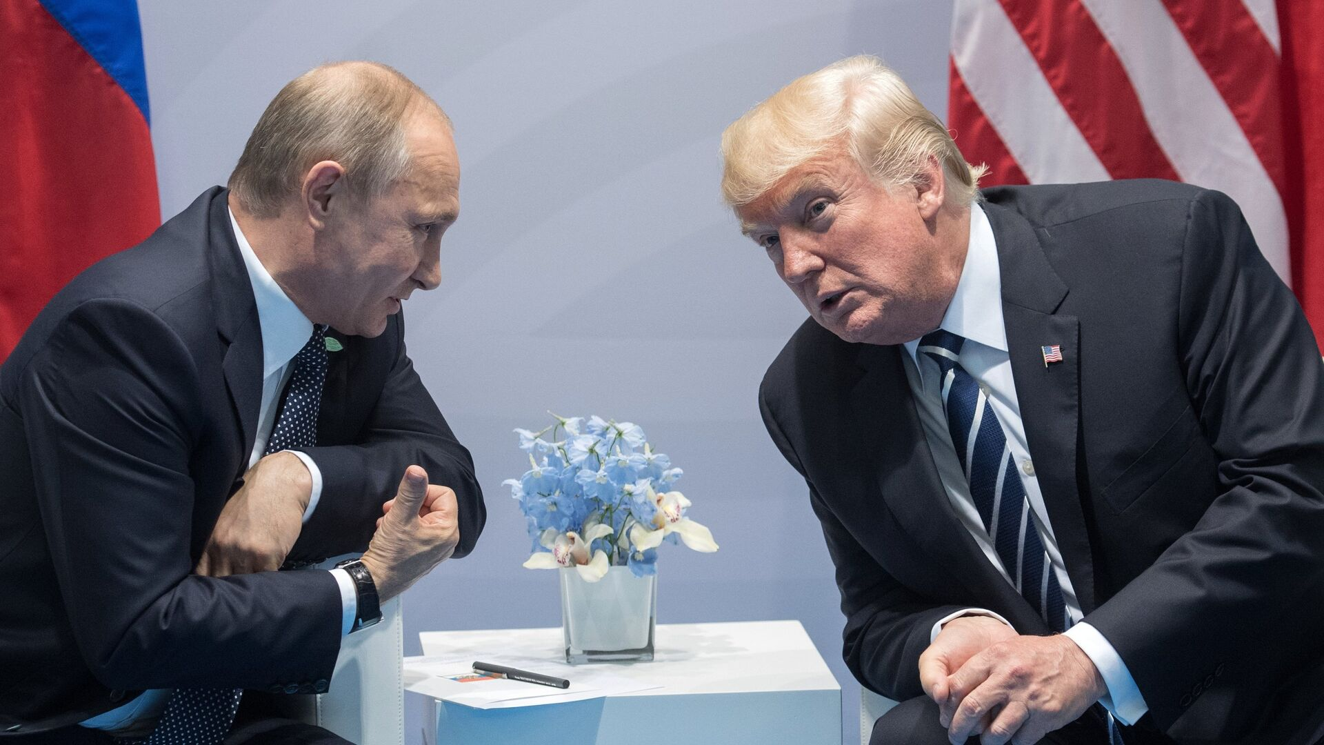 Президент РФ В. Путин принимает участие в саммите Группы двадцати в Гамбурге - Sputnik Таджикистан, 1920, 06.10.2021