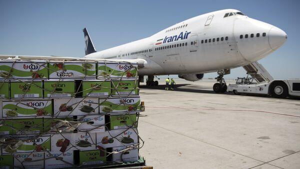 Самолет иранской авиакомпании Iran Air, архивное фото - Sputnik Тоҷикистон