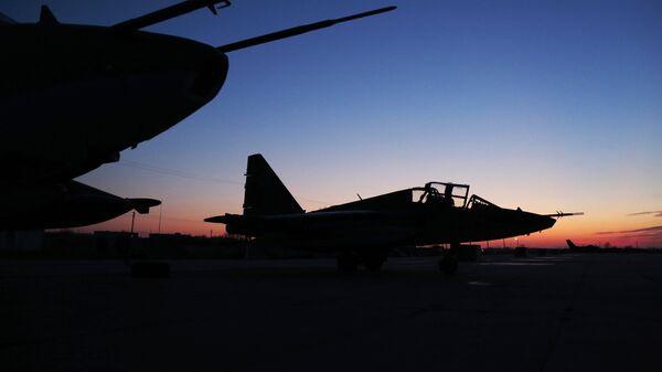 Штурмовики Су-25, архивное фото - Sputnik Тоҷикистон