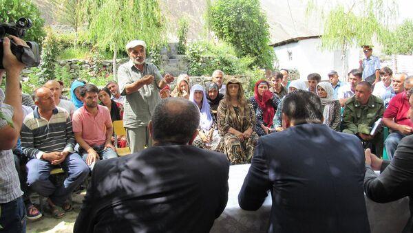 Премьер министр Таджикистана Кохир Расулзада посетил Дарваз после селевого потока - Sputnik Тоҷикистон