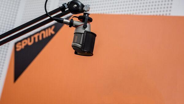 В студии радио Sputnik - Sputnik Таджикистан