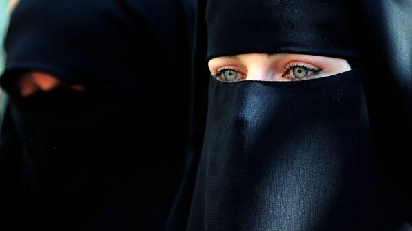 Мусульманка, архивное фото - Sputnik Таджикистан