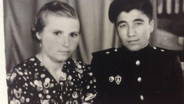 Ольга и Джуракул Расуловы, архивное фото - Sputnik Таджикистан