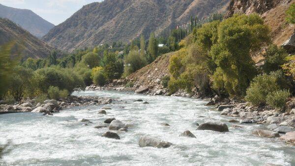 Река Варзоп, архивное фото - Sputnik Таджикистан