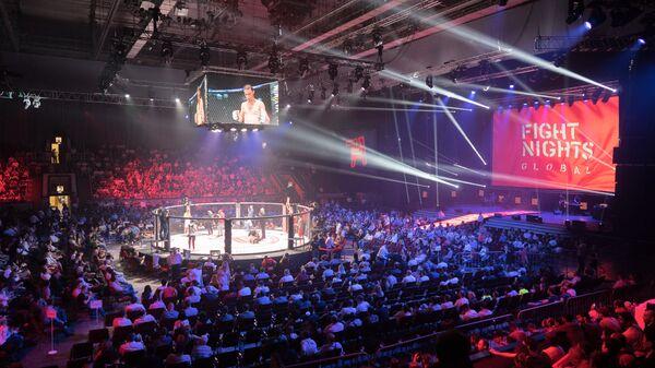 Зал со зрителями на Fight Nights Global Global 71, архивное фото - Sputnik Тоҷикистон