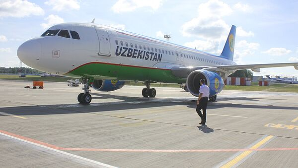 Самолет узбекских авиалиний - Sputnik Таджикистан