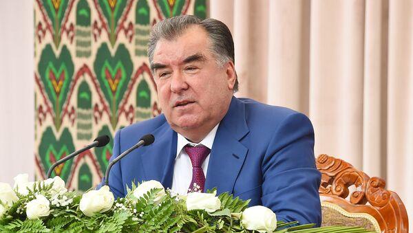 Визит Эмомали Рахмона в Кубодиёнском районе хатлонской области - Sputnik Таджикистан