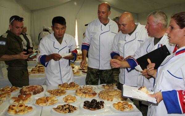 Полевая кухня - этап конкурса АрМИ -2017 - Sputnik Таджикистан