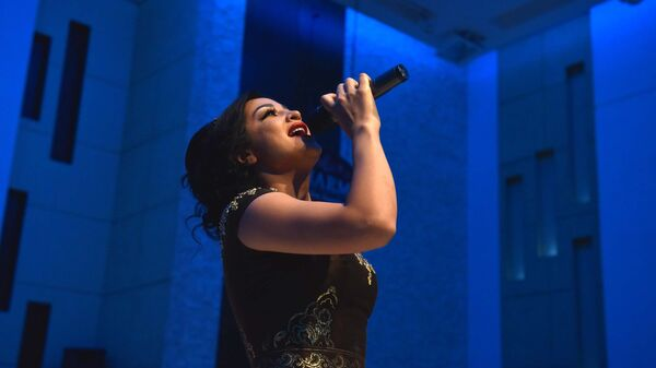 Афганская певица Гизол Иноят, архивное фото - Sputnik Тоҷикистон