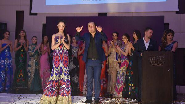 Умед Кучкалиев на показе неделя мод в Душанбе, архивное фото - Sputnik Таджикистан