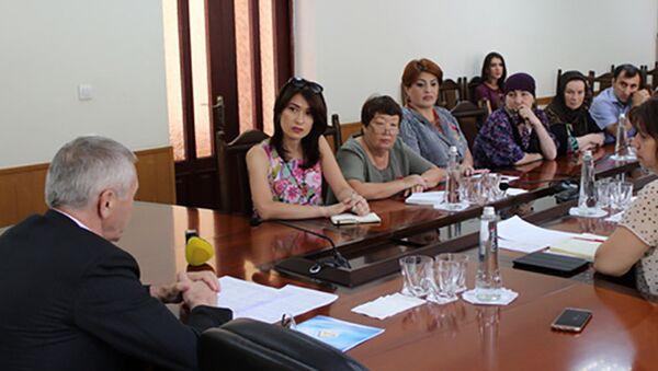 Учителя, архивное фото - Sputnik Таджикистан