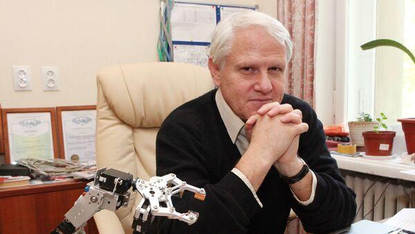 Доктор биологических наук, заведующий лабораторией нейрофизиологии биологического факультета МГУ Александр Каплан - Sputnik Таджикистан