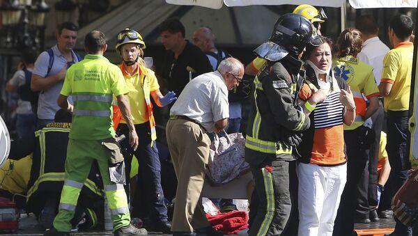 Пострадавшие в теракте 17 августа 2017 года в Барселоне - Sputnik Таджикистан