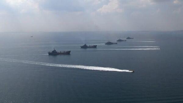 Черноморский флот и Каспийская флотилия приняли участие в стратегическом командно-штабном учении Кавказ-2016 - Sputnik Таджикистан