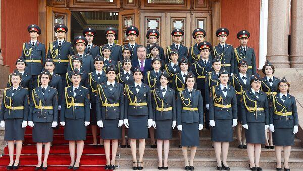 Курсантки Академии МВД Таджкикистана, архивное фото - Sputnik Таджикистан