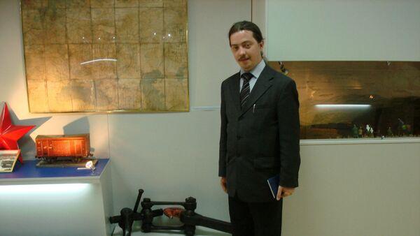 Эксперт Дмитрий Верхотуров, архивное фото - Sputnik Таджикистан