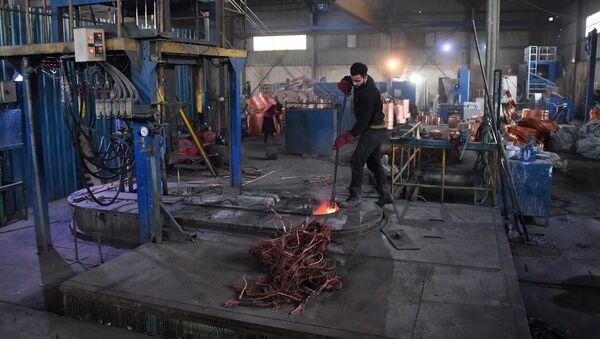 Завод по переработке меди и алюминия, архивное фото - Sputnik Таджикистан