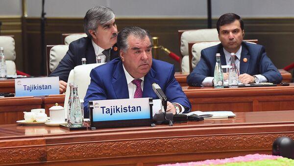 Президент Таджикистана Эмомали Рахмон на саммите лидеров БРИКС - Sputnik Тоҷикистон