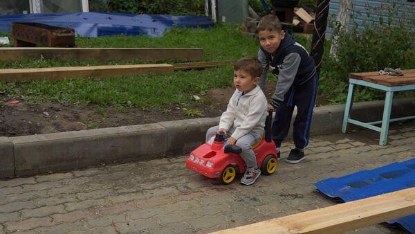 Дедушка Путина и Шойгу рассказал о жизни своих внуков - Sputnik Таджикистан