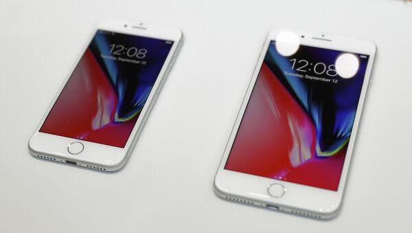 Презентация нового Iphone 8 - Sputnik Тоҷикистон