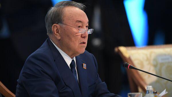 Нурсултан Назарбаев, архивное фото - Sputnik Таджикистан