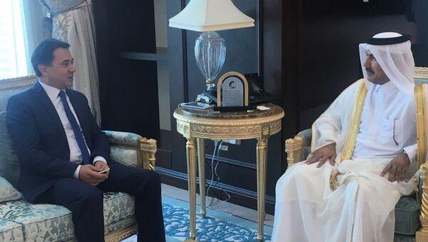 Посол Таджикистана в Катаре вручил копии Верительных грамот - Sputnik Тоҷикистон