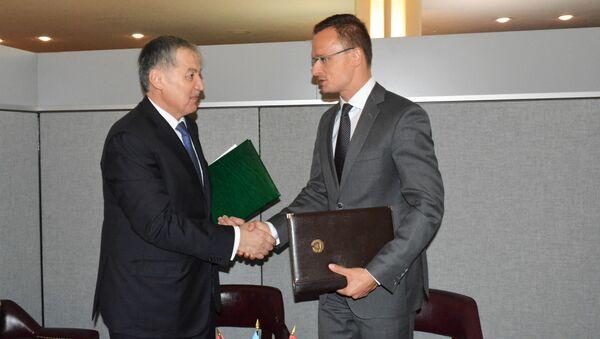 Встреча Министра иностранных дел Таджикистана с Министром иностранных дел Венгрии - Sputnik Тоҷикистон