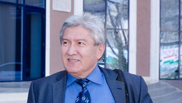 Заведующий сектором Института экономики и демографии Академии наук Таджикистана Рустам Бабаджанов - Sputnik Таджикистан