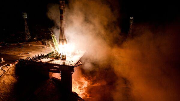 Пуск ракеты-носителя Союз-ФГ - Sputnik Таджикистан