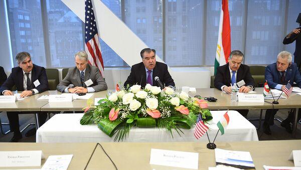 Рахмон встретился с предпринимателями США - Sputnik Таджикистан
