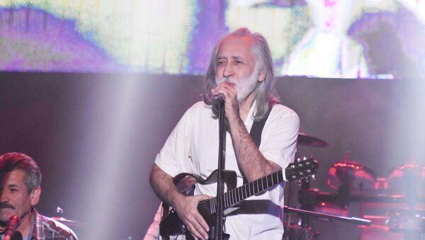 Концерт в память барда Лидуша Хабибо в Душанбе, Далер Назаров  - Sputnik Тоҷикистон