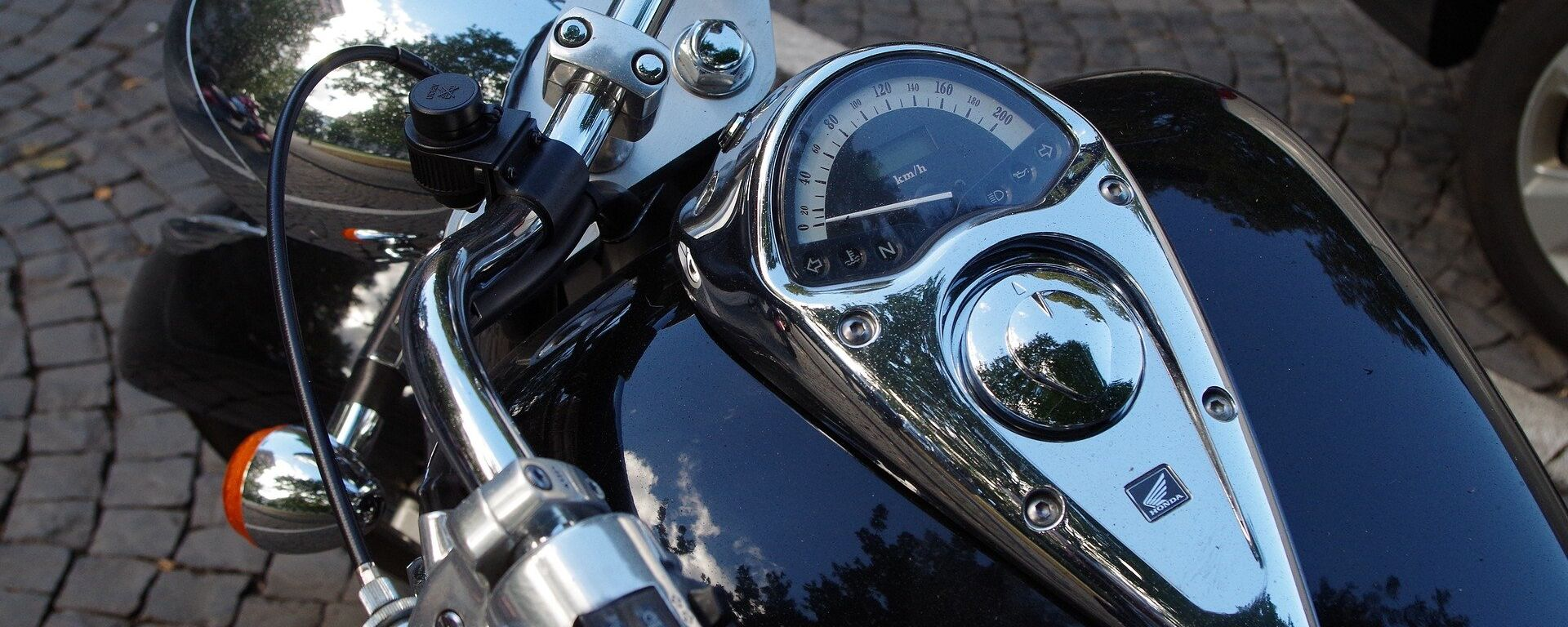 Мотоцикл, архивное фото - Sputnik Тоҷикистон, 1920, 04.10.2021