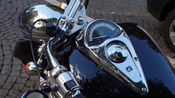 Мотоцикл, архивное фото - Sputnik Таджикистан