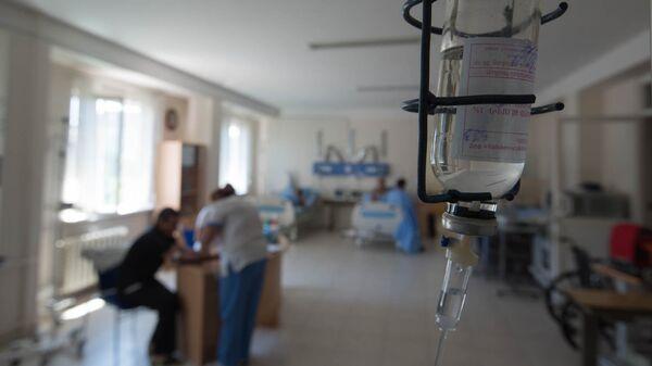 Больница. Капельница, архивное фото - Sputnik Таджикистан