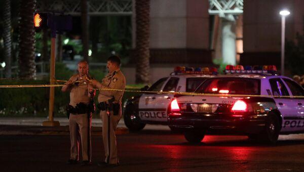 Полиция США в Лас-Вегасе после стрельбы - Sputnik Тоҷикистон