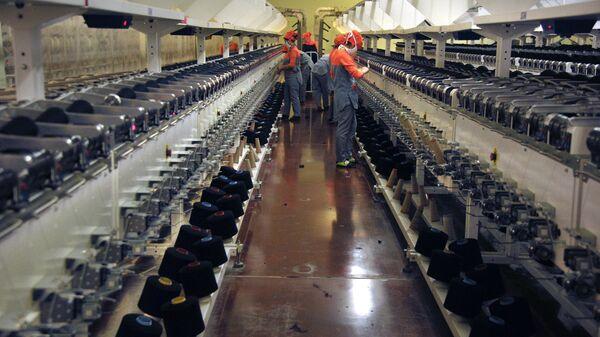 Текстильная фабрика, архивное фото - Sputnik Таджикистан