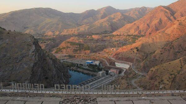 Вид с плотины Нурекской ГЭС - Sputnik Таджикистан