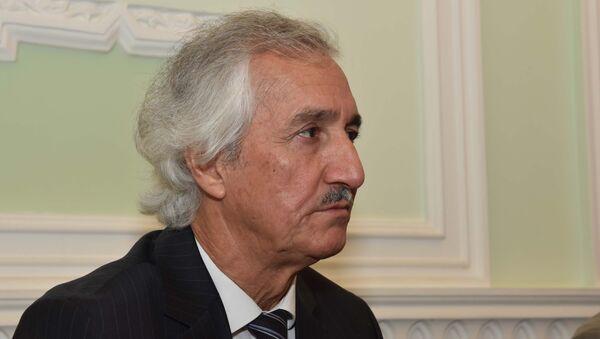 Низом Косим председатель Союза писателей Таджкистана - Sputnik Таджикистан