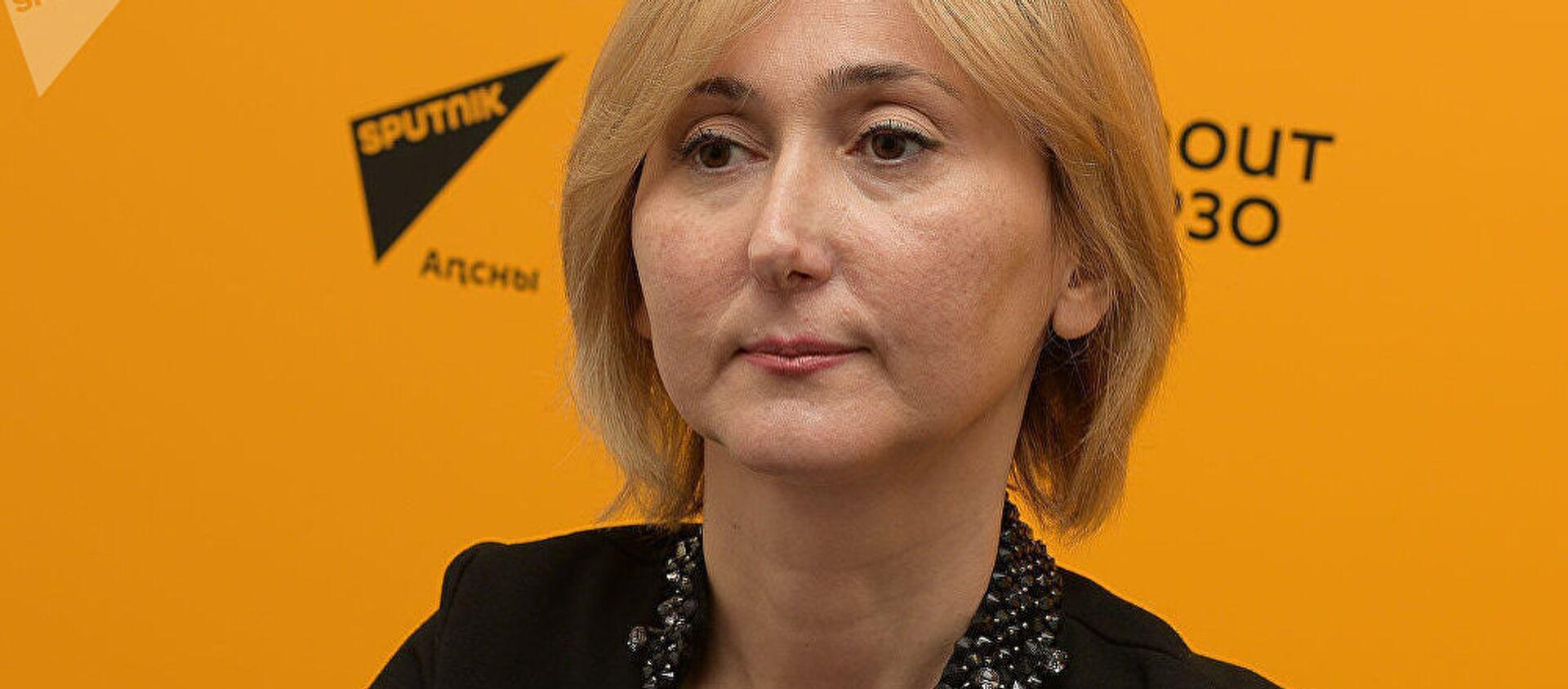 Главный врач Центра коррекции зрения Анна Кове - Sputnik Таджикистан, 1920, 14.10.2017