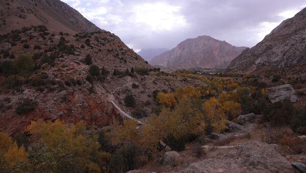 Мост в Фанских горах Таджикистана - Sputnik Таджикистан