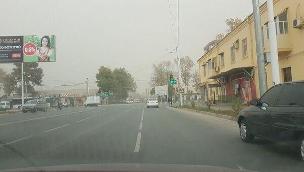 Пыльная буря в Душанбе - Sputnik Таджикистан
