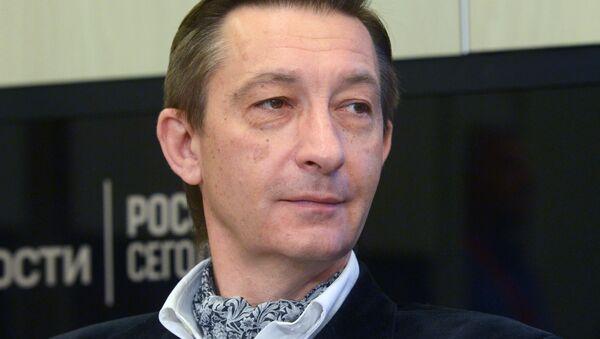 Востоковед, журналист, писатель Дмитрий Косырев - Sputnik Таджикистан
