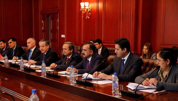 Встреча Министра иностранных дел с Постоянным Координатором ООН и главами учреждений ООН в Таджикистане - Sputnik Тоҷикистон