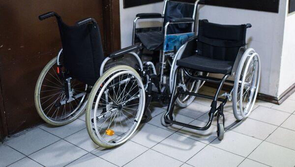 Инвалидные коляски, архивное фото - Sputnik Тоҷикистон