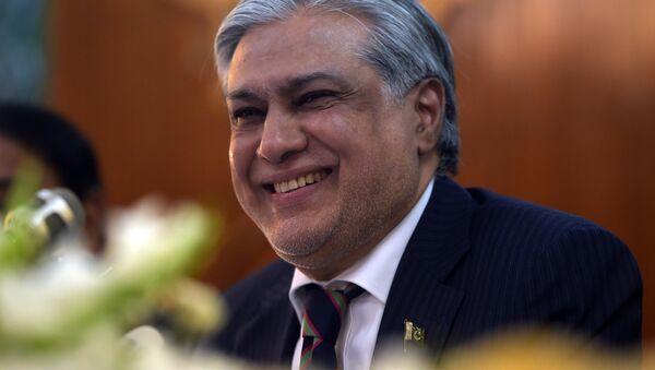 Министр финансов Пакистана Исхак Дар, архивное фото - Sputnik Тоҷикистон