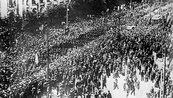 Октябрьская социалистическая революция, архивное фото - Sputnik Таджикистан