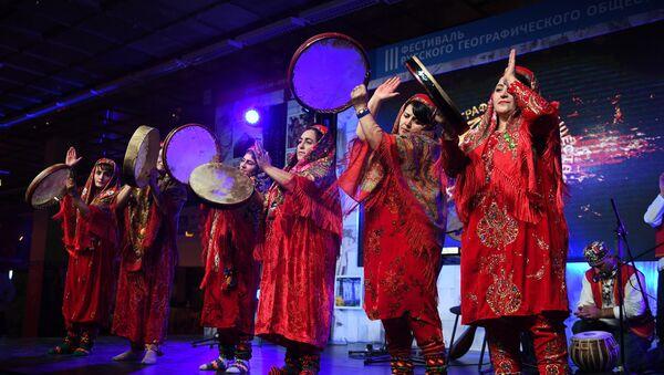Фестиваль Русского Географического Общества открылся в Москве - Sputnik Таджикистан