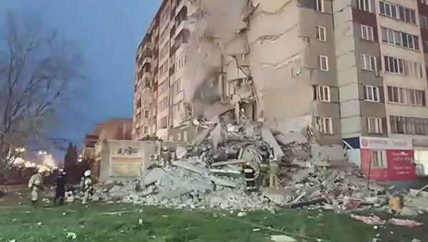 Обрушение дома на Удмуртской - Sputnik Тоҷикистон