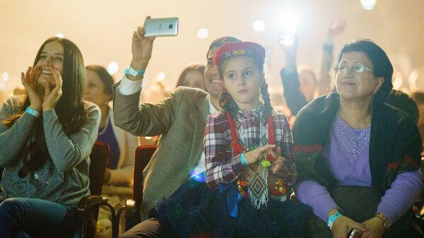 Концерт, посвященный алмазному юбилею Ага-Хана IV в ГЦКЗ Россия - Sputnik Таджикистан