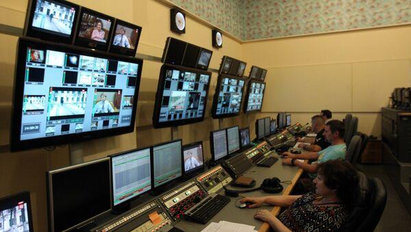 Работа телеканала, архивное фото - Sputnik Таджикистан